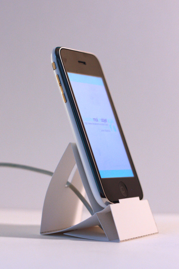 iphone paper dock