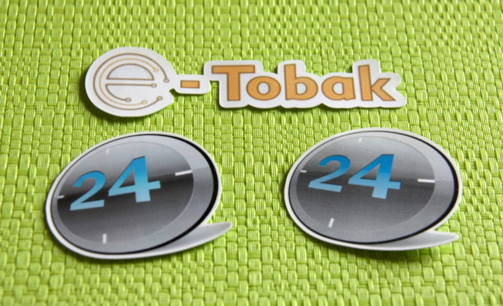 naklejka z logo firmy