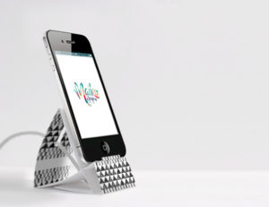 stojak z papieru do iphona